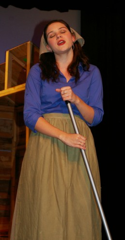 Molly McLellan plays Hodel