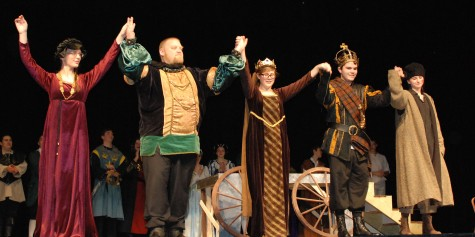 Macbeth cast takes a bow: Left to right: Kaitlin Mott, John Mott, Olivia Olsen, Zach Murphy and Erin Mulready.