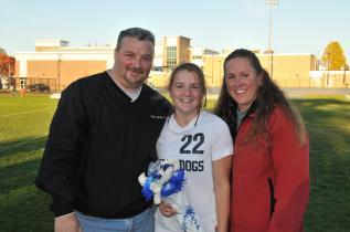 Kylie McKenna with her parents.
