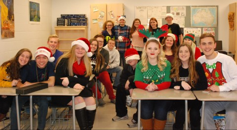 RHS SGC Holds Holiday Themed Meeting THE VERITAS