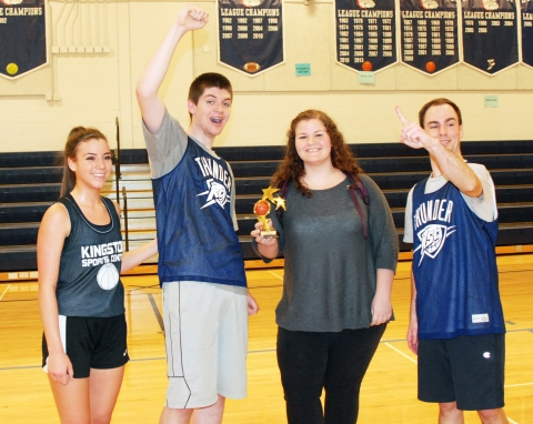 Who's the Teacher got the trophy: Danielle O'Brien, Aiden Glennon, Shannon Lindahl and Brian Smith
