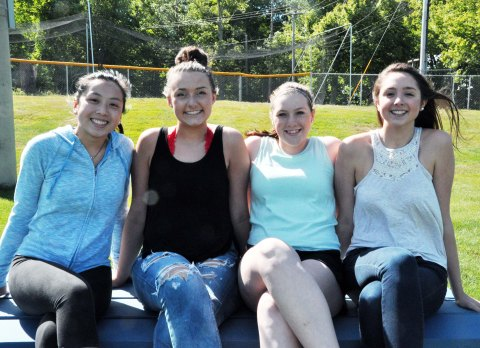 Class of 2018 - Izzy Uong, Hannah Boen, Jill Donahue, Hannah Murphy photo by Michelle Downey.