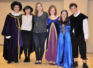 Hamlet Cast: Mike Belmonte, Morgan Foster, director Kendra Donovan, Jocelyn Reera, Sophie McLellan and Ronan McNally.