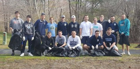 lacrosse team clean up