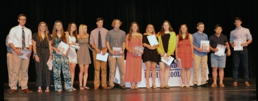 Sophomore Academic Certificate and Letter winners